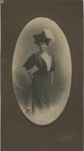 Francesco Benvenuti. Ritratto di signora, 1908-1909. (Empoli, Archivio Storico Comunale, Fondo Vannucci Zauli)